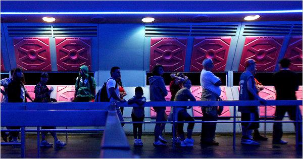 Disney World Waiting Line (Orlando)